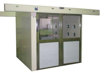 Air shower(6~8)người. Cửa tự động